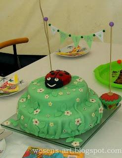 Beetle Cake   wesens-art.blogspot.com