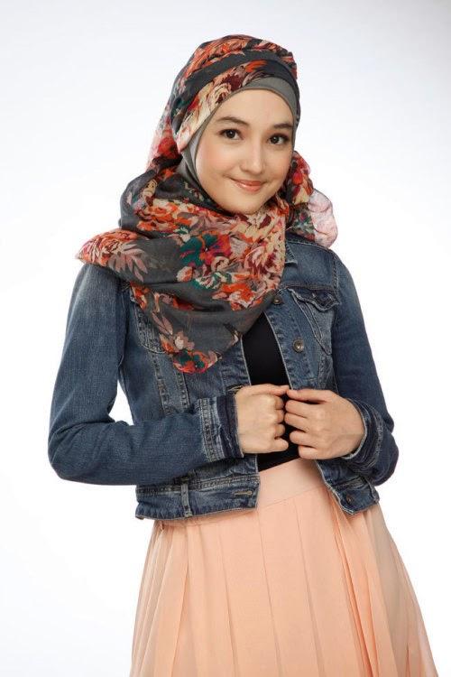 Cantiknya Anna Karina Gilbert Pemeran Aisyah Putri The Series Jilbab In Love