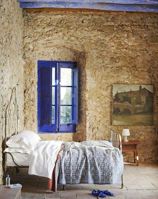 Formosa casa a cor azul na decora o - Cabeceros de piedra ...