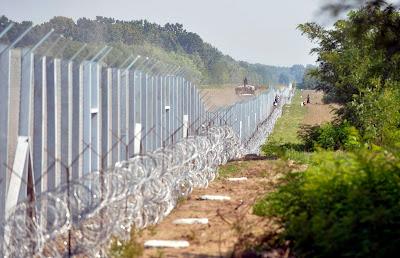 sajtószemle, menekültválság, határkerítés, Magyarország, Románia, diplomácia, menekültpolitika, magyar-szerb határzár, magyar-horvát határázár