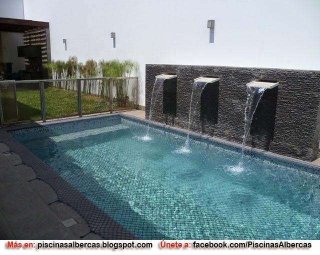Cascadas albercas imagui for Ideas de piscinas grandes