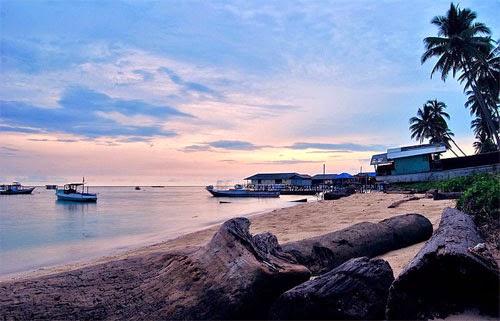 Wisata Pulau Derawan Kalimantan Timur
