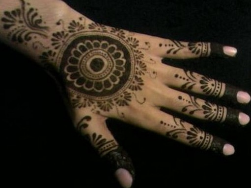 Bridal Mehndi Designs For Full Hands 51 Tikka Mehndi Designs