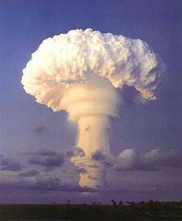 http://007beritaterkini.blogspot.com/2013/05/10-tempat-uji-coba-nuklir-di-dunia.html
