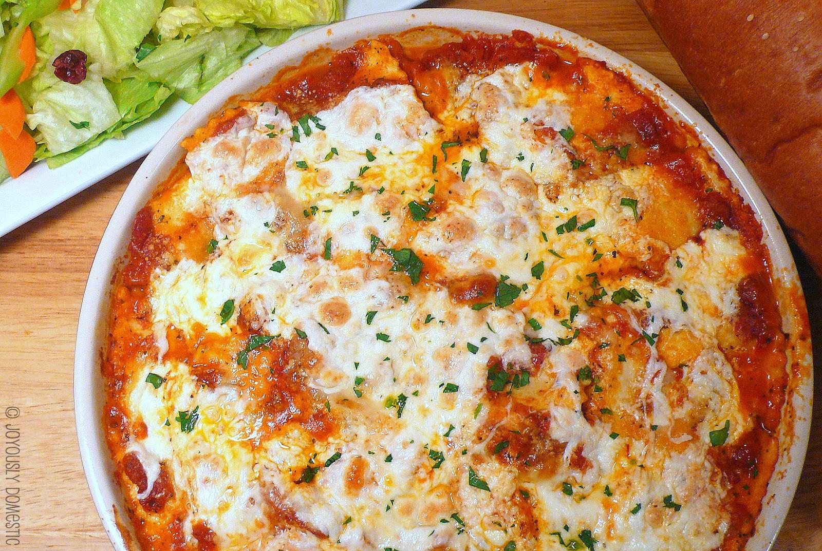 Joyously Domestic: Cheesy Ravioli Bake