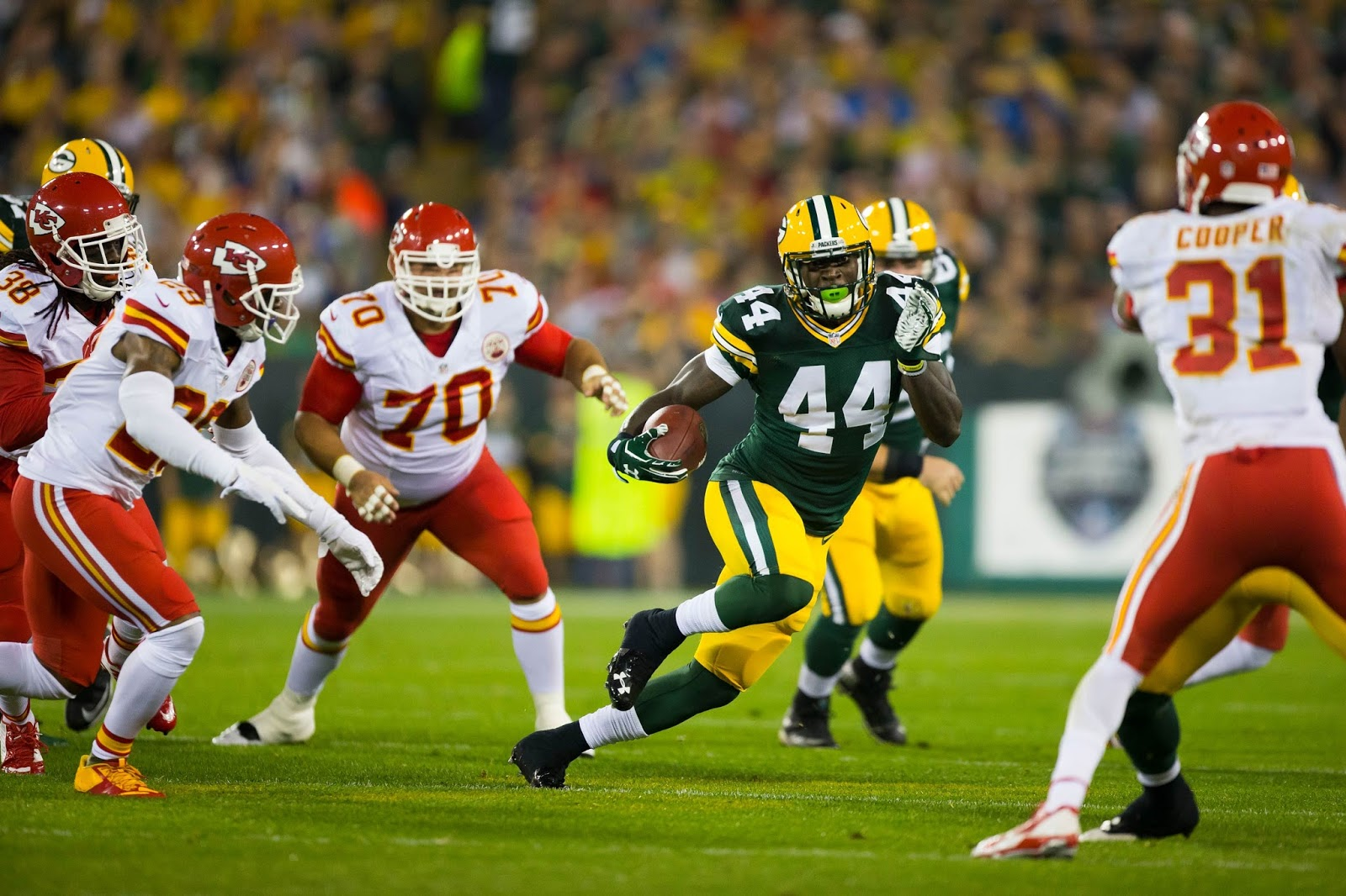 NFL Jerseys Outlet - The Wearing Of the Green (and Gold): A Great-Looking Game