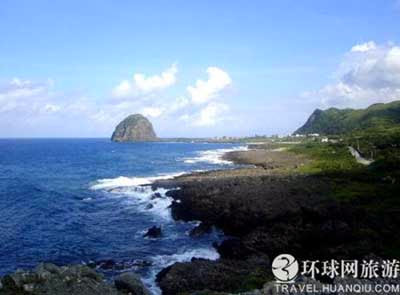 http://gubuk-fakta.blogspot.com/2013/12/pulau-pulai-misterius-di-dunia.html