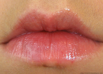 L'Oreal Colour Riche Balm in Caring Coral Lip Swatch