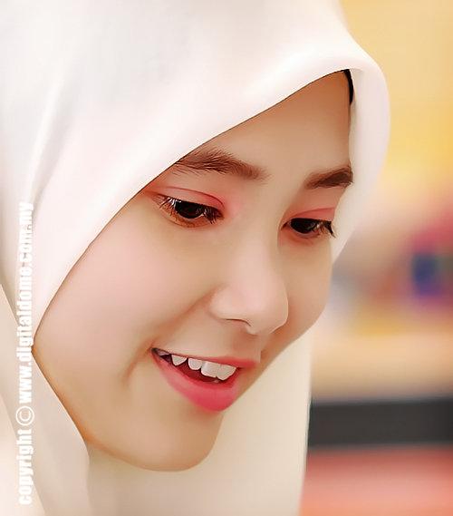 Siapa Wanita Cantik??...