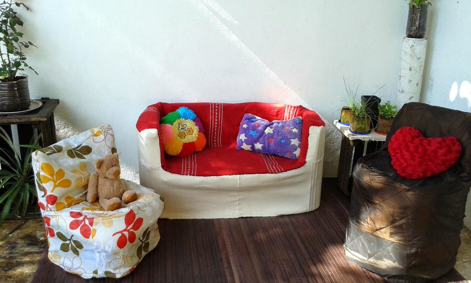 muebles y cosas utiles para la casa a partir de botellas de plastico