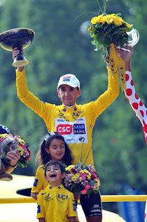 CICLISMO-El ganador del Tour 2008 se retira