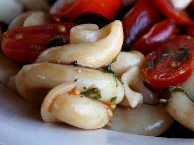 Balsamic Tomato Salad with Trottole and Mozarella recipe by Barefeet In The Kitchen
