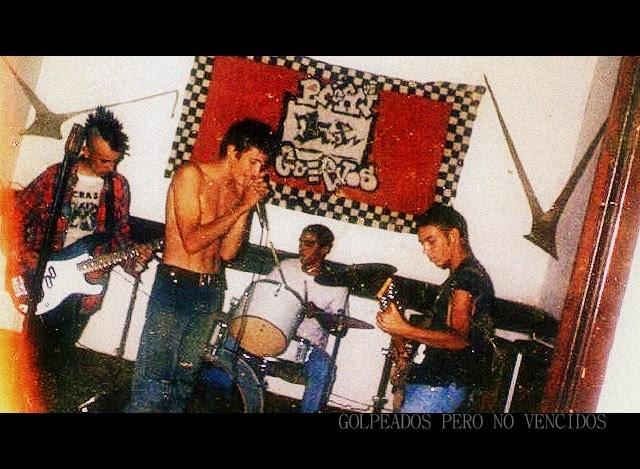 Golpeados pero No Vencidos 1994