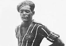 """1º """"Gol de Bicicleta"""" de Leônidas da Silva - 85 anos."""