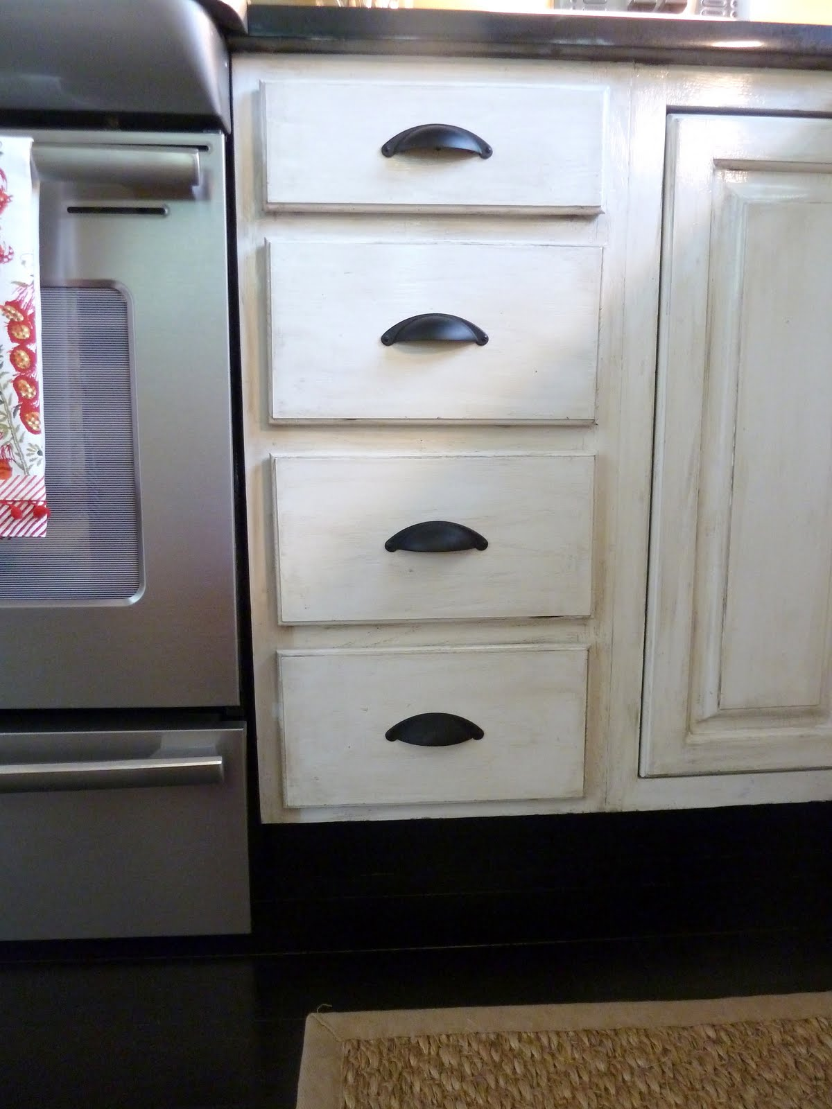 Our fifth house distressed kitchen cabinets how to for Distressed kitchen cabinets