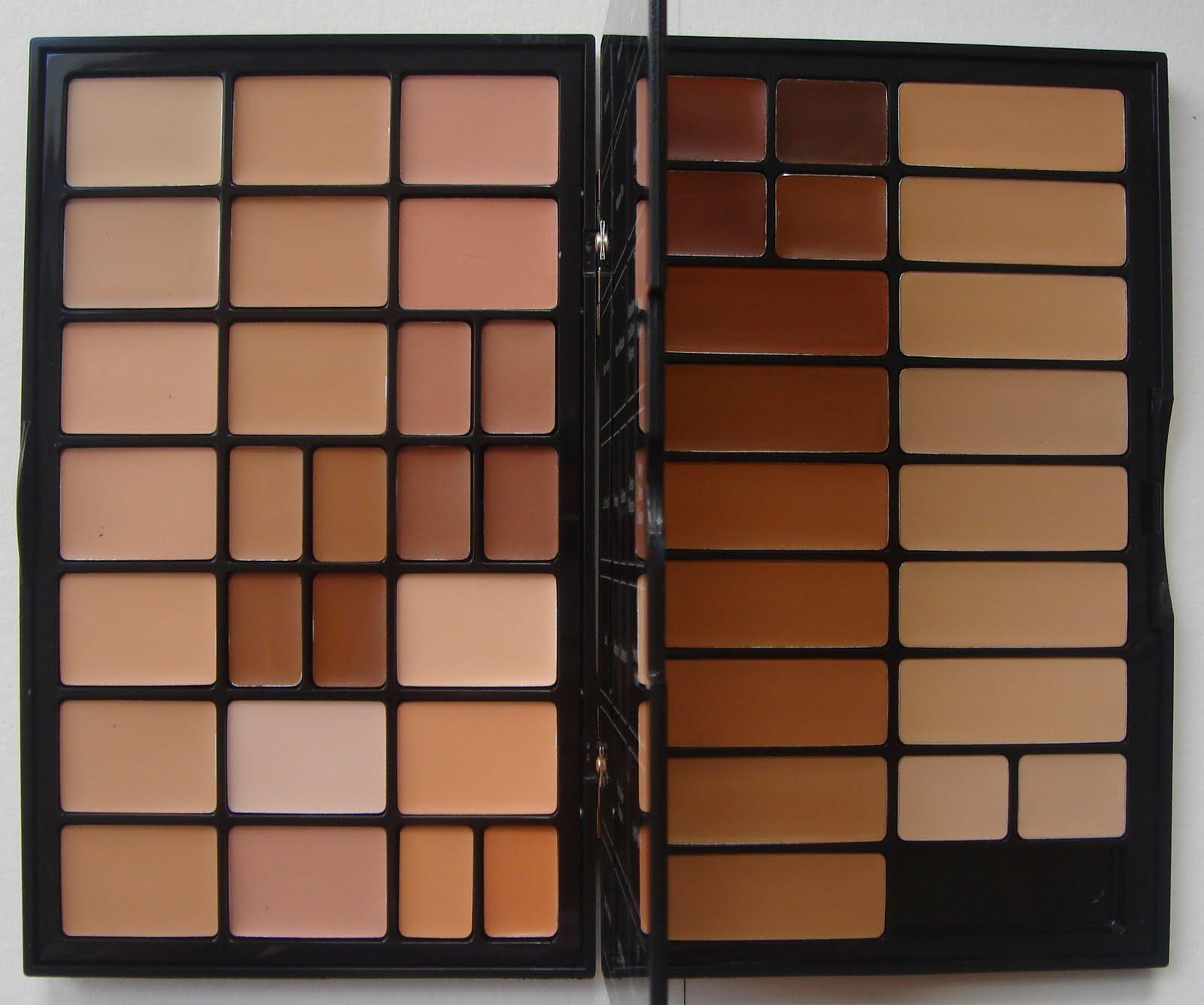 bobbi brown foundation palette