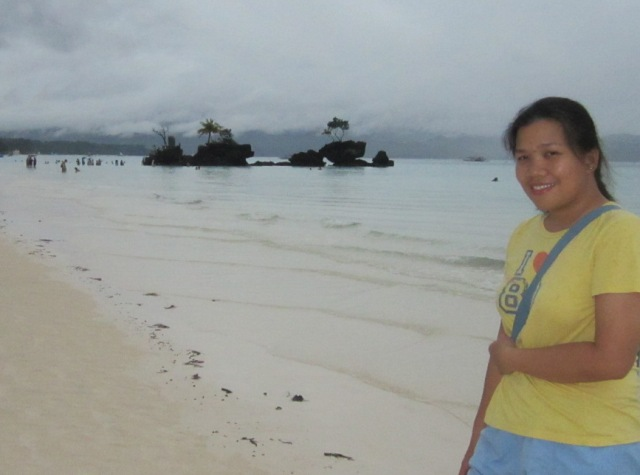 Willy's Rock Boracay, Boracay Sand, Boracay beachfront, Boracay shoreline