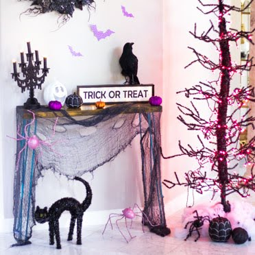 How to make your foyer extra spooky!