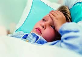 cara mengobati demam pada anak