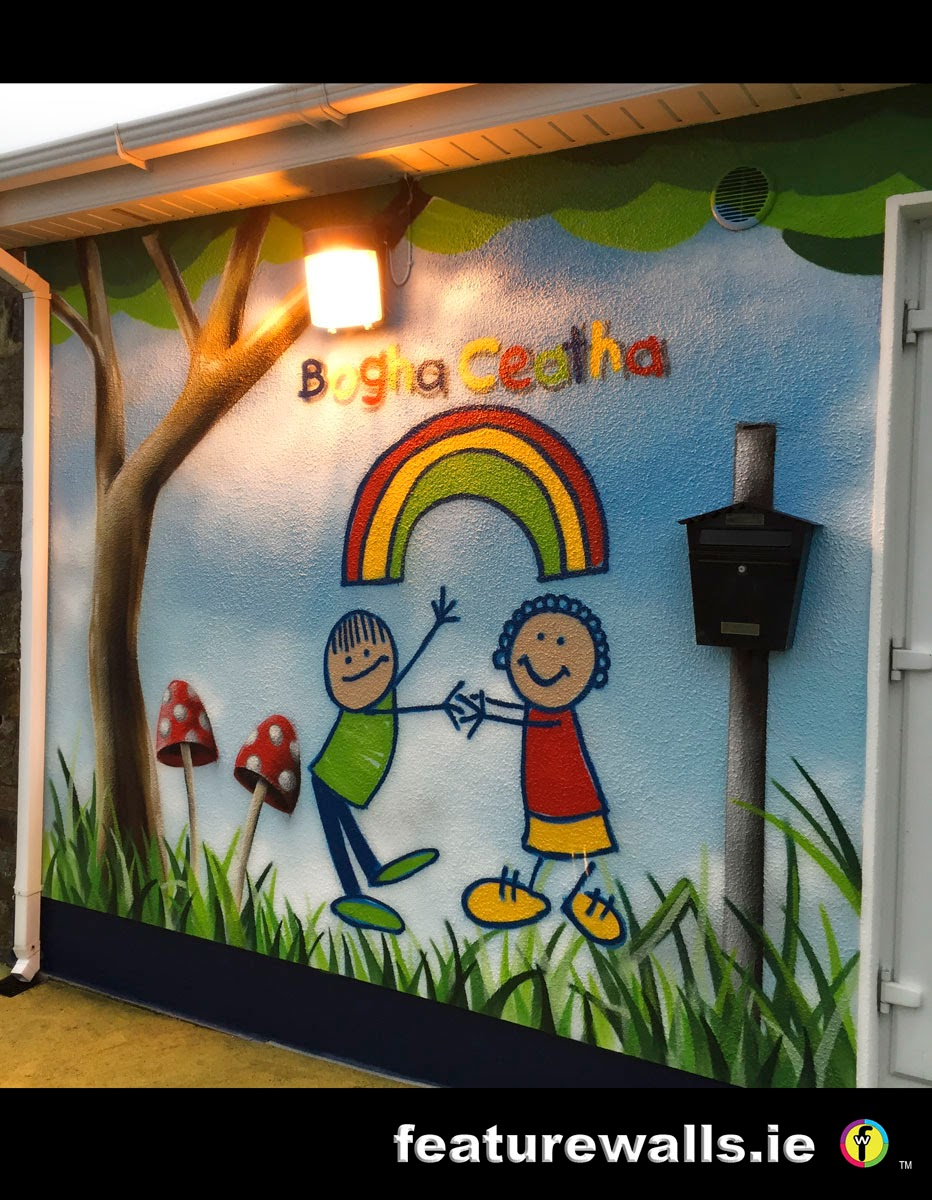 Mural painting professionals cute creche for Mural for school