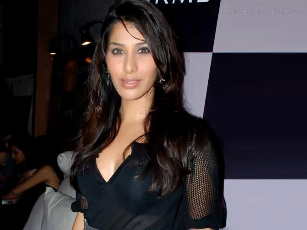 Sophia Chaudhary Sophia Chaudhary new pics