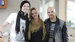 Mark Sheehan with cool, beautiful, cute, Wife Rina