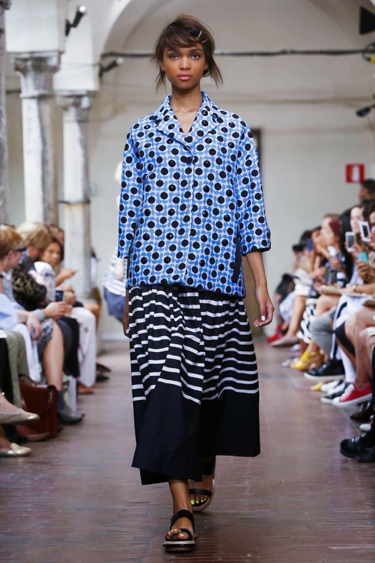 I'm Isola Marras SS15, I'm Isola Marras spring summer, Isola Marras spring summer 2015, Isola Marras ss15, Isola Marras, Isola Marras ss15 mfw, Isola Marras mfw, mfw, mfwss15, mfw2014, fashion week, milan fashion week, milano Fashion Week, du dessin aux podiums, dudessinauxpodiums, vintage look, dress to impress, dress for less, boho, unique vintage, alloy clothing, venus clothing, la moda, spring trends, tendance, tendance de mode, blog de mode, fashion blog,  blog mode, mode paris, paris mode, fashion news, designer, fashion designer, moda in pelle, ross dress for less, fashion magazines, fashion blogs, mode a toi, revista de moda, vintage, vintage definition, vintage retro, top fashion, suits online, blog de moda, blog moda, ropa, asos dresses, blogs de moda, dresses, tunique femme,  vetements femmes, fashion tops, womens fashions, vetement tendance, fashion dresses, ladies clothes, robes de soiree, robe bustier, robe sexy, sexy dress