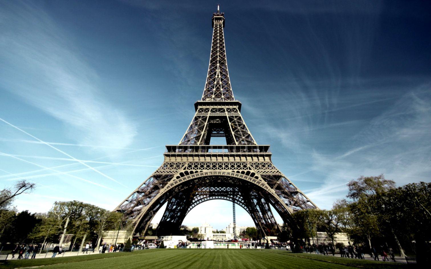 1680x1050 Paris eiffel tower Wallpaper
