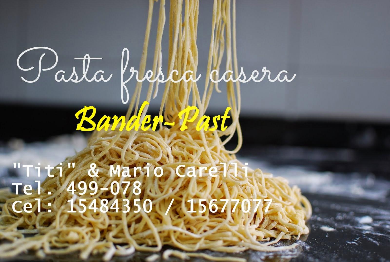 """""""BANDER-PAST"""", de Titi y Mario Carelli"""