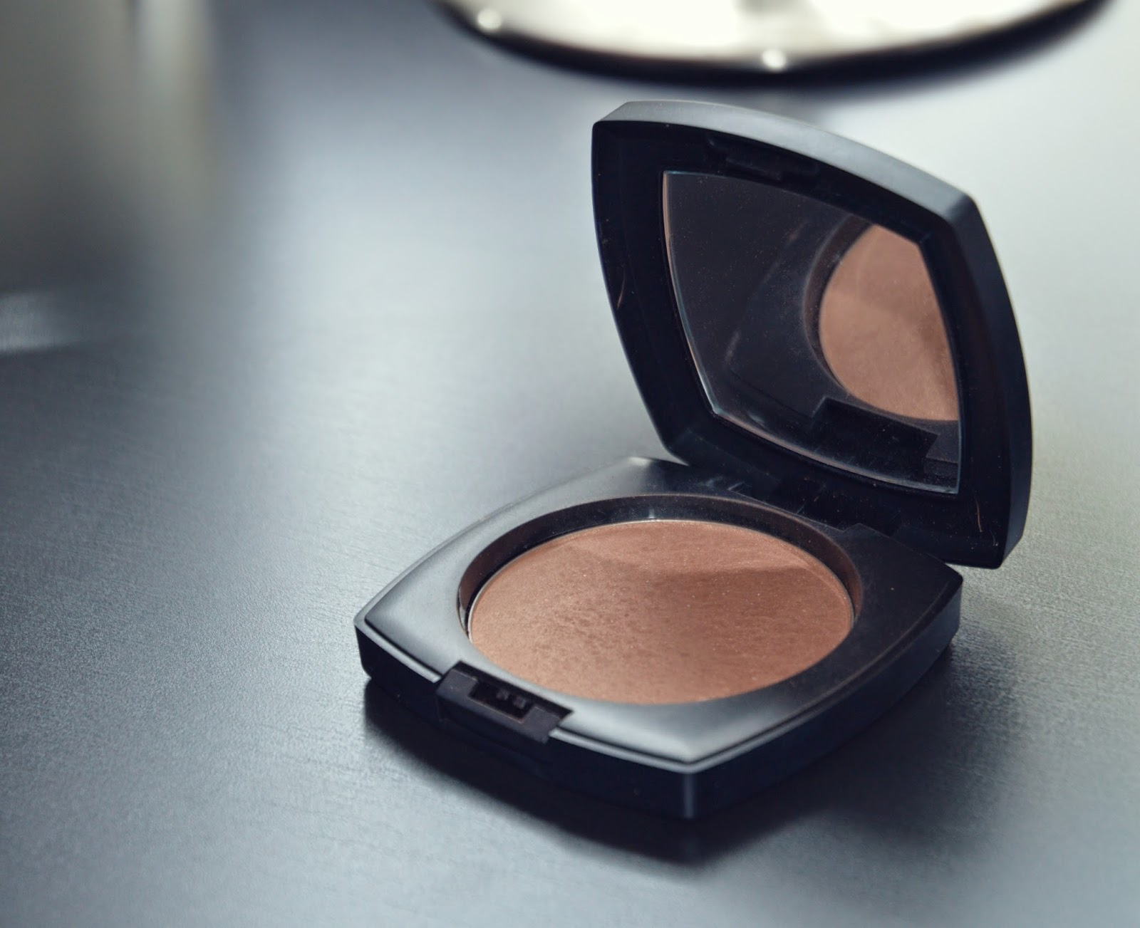 arbonne bronzer review