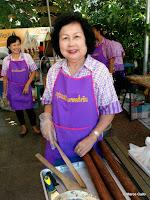 MERCADO FLOTANTE TALING CHAN, BANGKOK. TAILANDIA