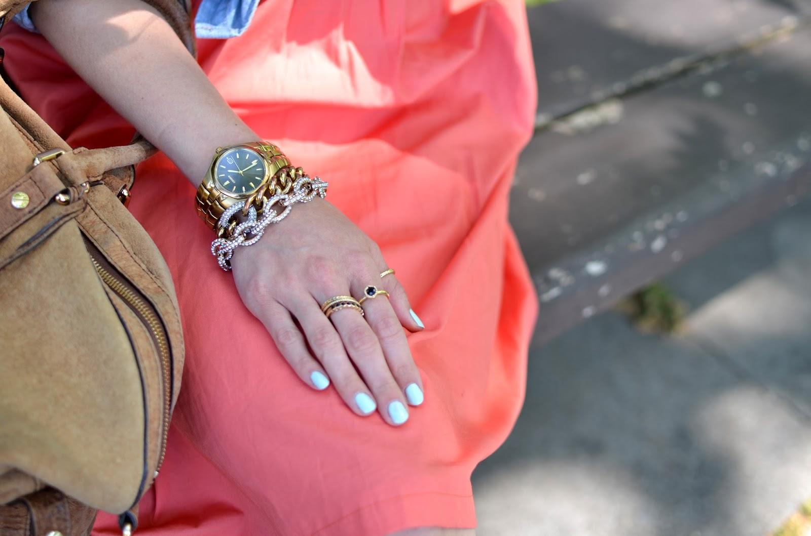 Nail color coral dress