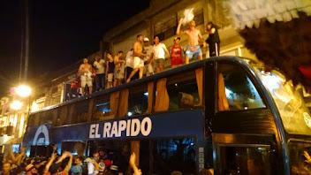 Recibimiento a los campeones en Adrogué!