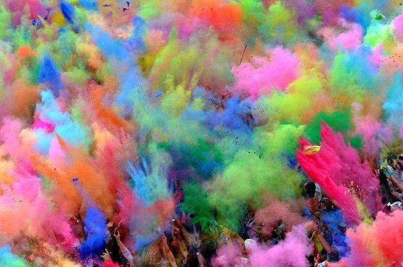 http://3.bp.blogspot.com/-__29V7IMwHo/UWLyGAjdp7I/AAAAAAAAFe4/Fr8dE2aqXZg/s1600/festa+dei+colori+1.jpg