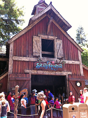 Splash Mountain barn entry entrance Disneyland Resort