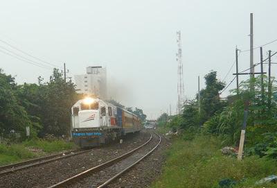 Kereta Api Penataran Malang