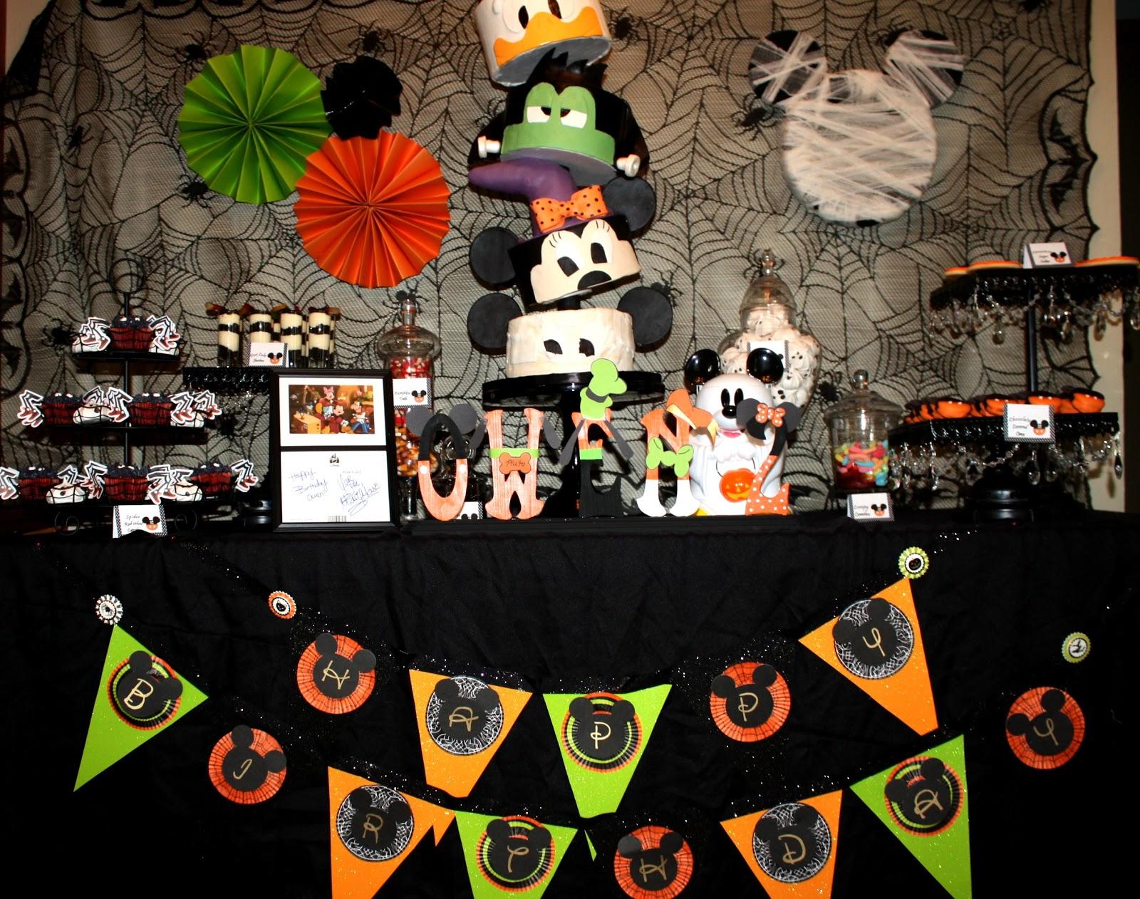 Sweet Eats Cakes: Owen's not so scary Mickey Mouse Halloween Birthday