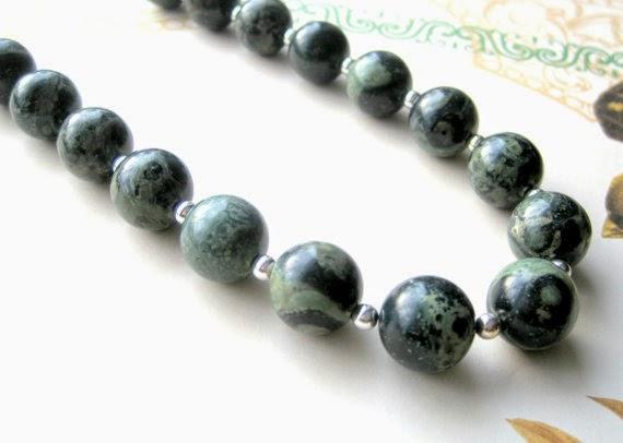https://www.etsy.com/nz/listing/181647180/kambaba-jasper-necklace-evergreen-beaded