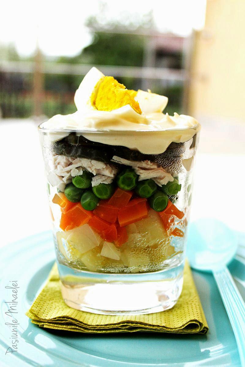 Salată boeuf în straturi, la pahar