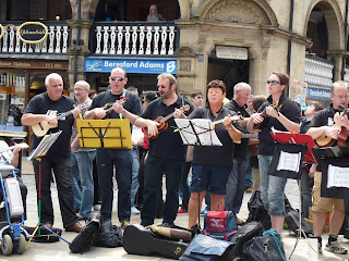 N'ukes ukulele band at the Chester Cross