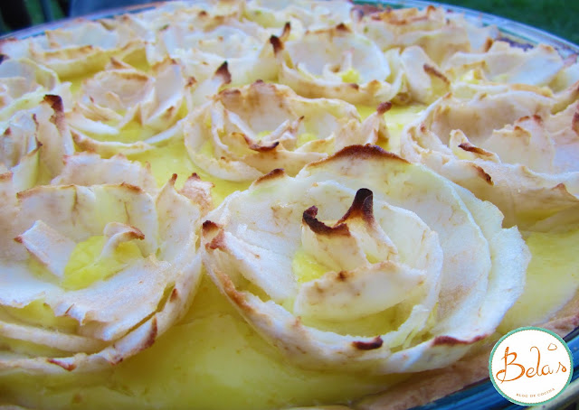 Tarta de Rosas en Crema de Naranjas
