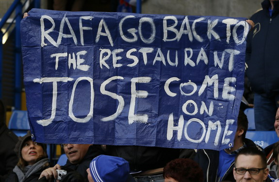 Anti-Rafa Benítez banners on display at Stamford Bridge