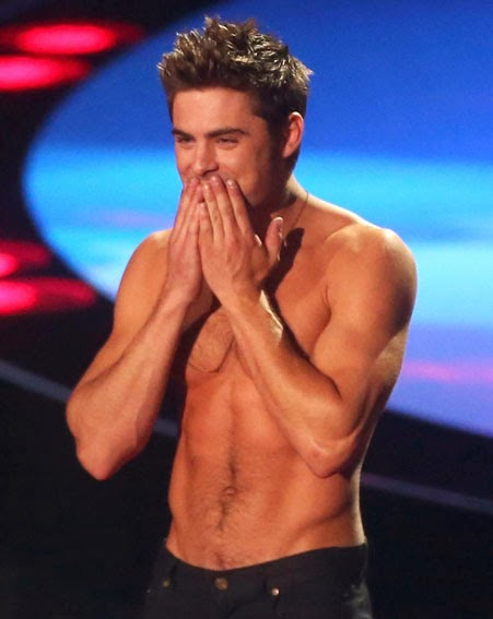 Zac Efron Hot Shirtless
