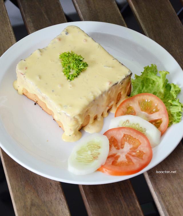 Cheesy Garlic Toast - RM12.90