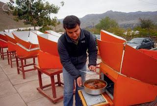 Mengintip Restoran Mengolah Makanan Pakai Sinar Matahari