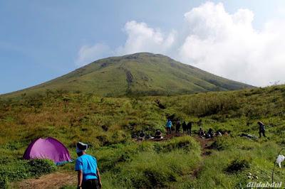 Harga Tiket Masuk Wisata Pendakian Gunung Penanggungan Mojokerto 2015
