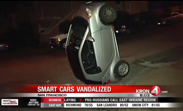 Vandalismus in Kalifornien: Unbekannte werfen Smarts um