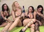 Orgia gostosa com travestis e mulheres gostosas