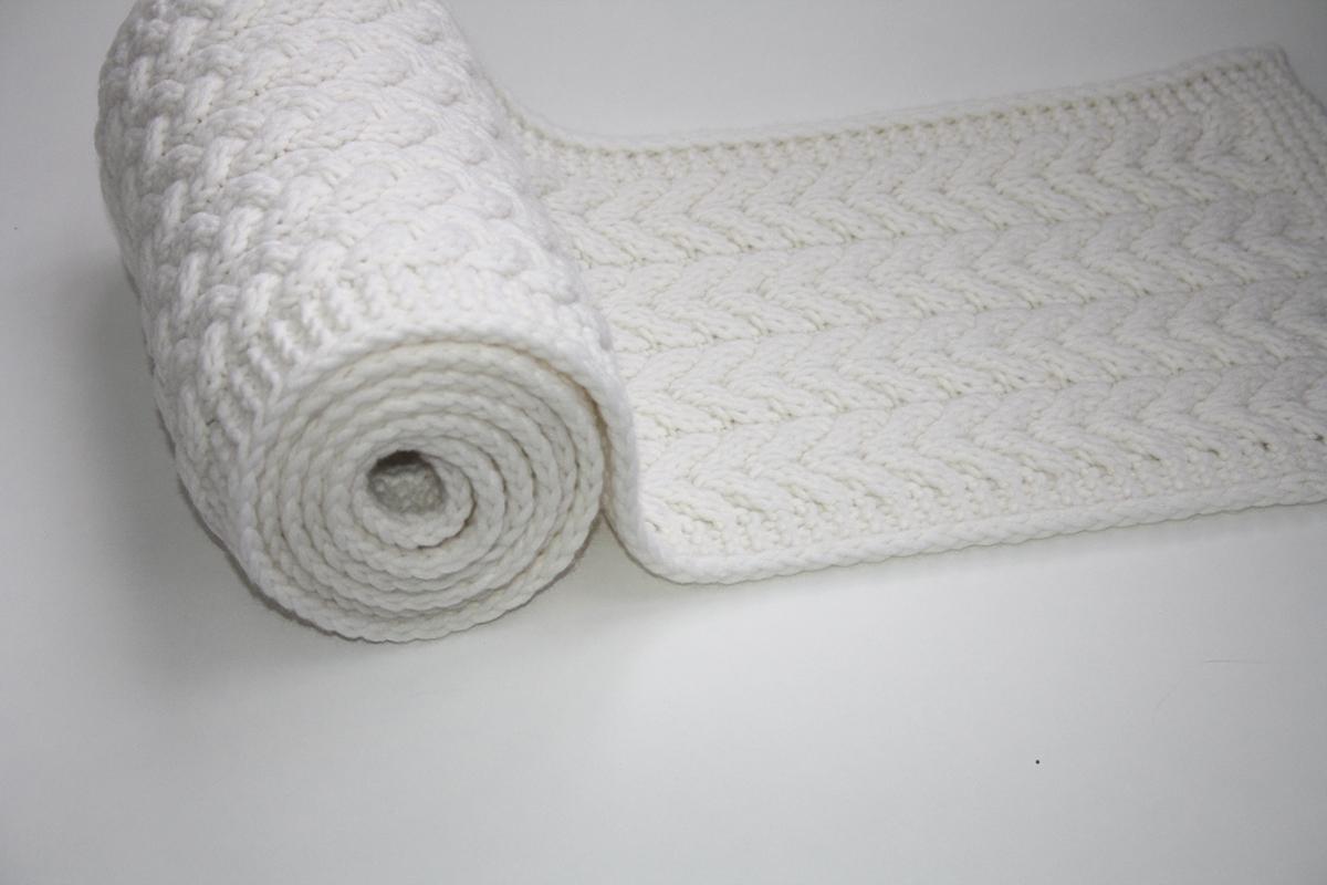 схемы вязаных объемных шарфов