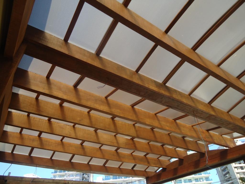 telhados e projetos: Pergolado em madeira Verdadeira obra de arte #6E4422 1024x768